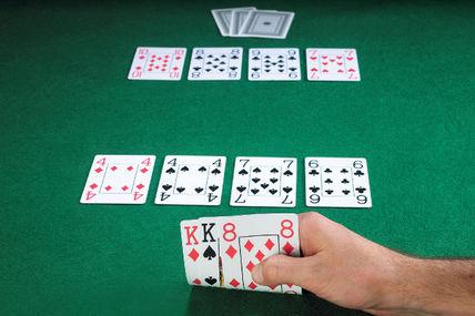 Chơi poker razz