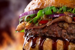 I pokerový hráč ocení perfektní americký burger