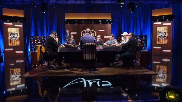 Startuje $300,000 Super High Roller Bowl