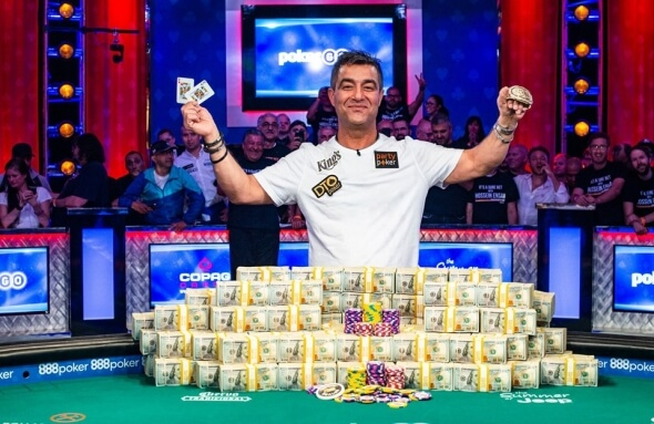Hossein Ensan je šampionem Main Eventu World Series of Poker 2019