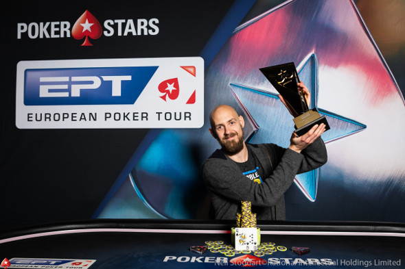 Chidwick poráží ElkYho v heads-upu €50,000 Super High Rolleru EPT Prague