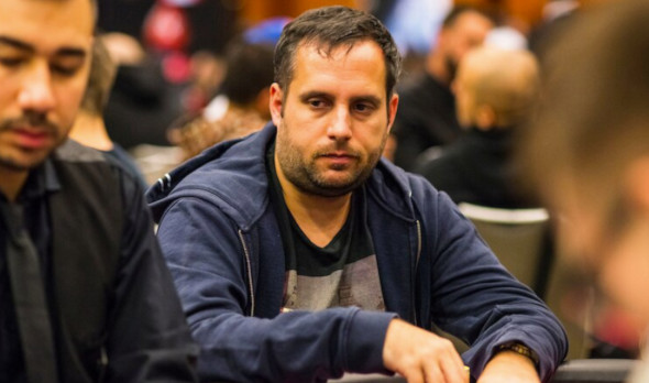 Fabio Sperling vítězí po 4-way dealu ve WPT500